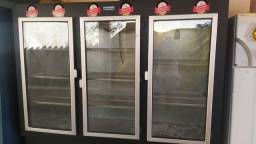 Vendo geladeira 3 portas