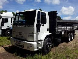 Ford cargo 2010. 130mil