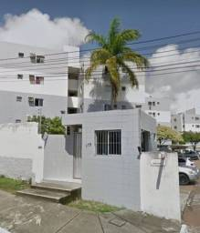 Apartamento em Mandacaru - 9700