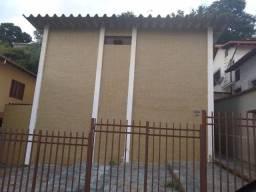 Bairro Santa Efigênia - Alugo Casa 02 quartos