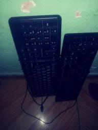 Vendo dois teclados multilese