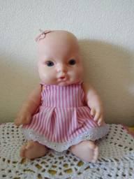 Vendo uma boneca Baby
