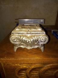 Porta jóias antigo