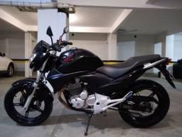 Vendo CB 300r 2011