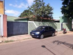 Casa de esquina Silvia Regina