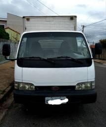 Caminhão furgão kia