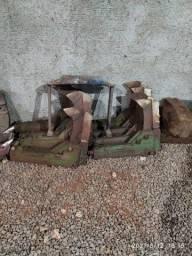 Título do anúncio: Vendo botinhas da stara com desarme automático