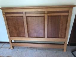 Cabeceira de Cama madeira maciça, perfeito estado
