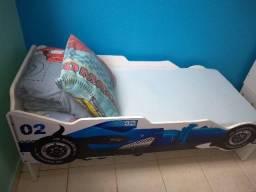 Mini cama de personagem