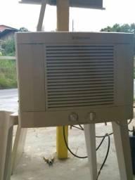 Vendo esse ar condicionado bom 7500btus