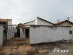 Aluga-se casa no Centro - Rondonópolis/MT