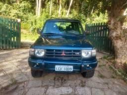 Pajero GLSB 1998 3 dono 3.5 V6 mecânica