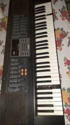 Vendo teclado profissional