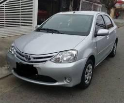 Título do anúncio: Toyota Etios 2013 s/ entrada