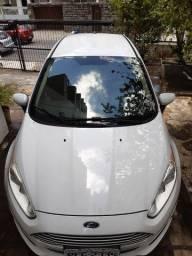 New Fiesta Sedan 1,6LSE 2015/2015 81- *(zap)