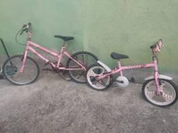 Vendo duas bicicletas usadas por 250 reais