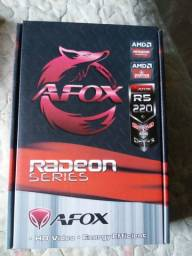 Placa de video afox r5 220 2 gb