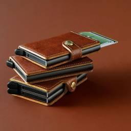 Carteira de couro, Importado, de marca, Compacta,com botão ejetados de cartões