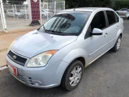 Ford Fiesta Sedan Completo 1.0 Flex 4 Portas Prata 2009