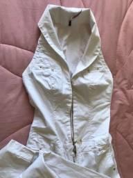 Macacão branco jeans DECOTE LINDO! Tamanho 36