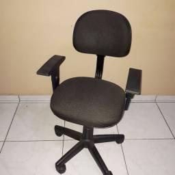 Cadeira seminova
