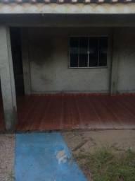Vende se uma casa no BNH 1 ou troca em terra e gado também
