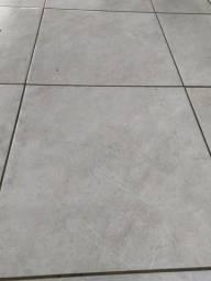 Piso porcelanato externo 61x61 - 6,7m2