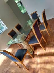 Mesa de vidro c/ 6 cadeiras