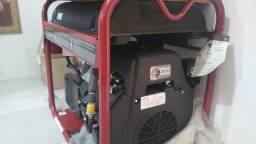 Gerador Subaru 15 kVA monofásico a gasolina novo no plástico