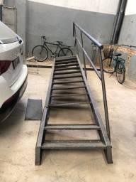 Escada de perfil 150 enregecido