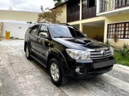Título do anúncio: Toyota Hilux SW4 - 124mil Kms Diesel 2011 7 Lugares