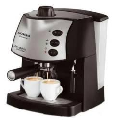 Máquina de Café eExpresso Britânia