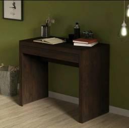 Mesa para estudo com Gavetão nova a pronto entrega