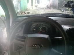 Ford Ka 2010 / 2011 de garagem