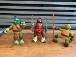 3 bonecos dos Tartaruga NInja