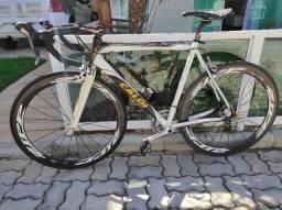 Caloi Strada 2012 quadro tam 56 + rodas de ZIPP de carbono