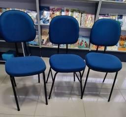 2 cadeiras escolares ou escritório, R$100,00 tudo.