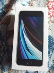 Vendo iphone se 2 novo  aparelho top