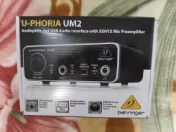 Interface de Audio Behinger U-Phoria UM2