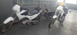 vendo ou troco por carro, 2 motos - Falcon nx400, e 1 Honda Cg 150