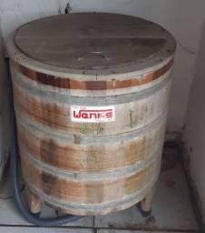 Máquina de madeira