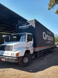 Título do anúncio: Vendo 3 caminhões baú com contrato de serviço