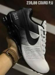 Tenis Nike shox clássic em couro p.u