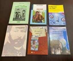 Kit com livros de leitura