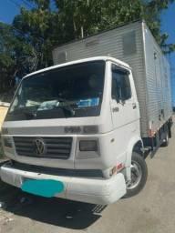 Caminhão a venda rj  /vw 8120