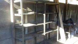 Patreleira de metalon e madeira