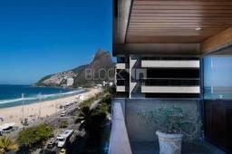 Apartamento para alugar com 3 dormitórios em Leblon, Rio de janeiro cod:BI8816