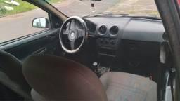 Vendo carro celta ano 2007/2008 Flex. Com ar condicionado