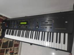 Ensoniq ZR 76