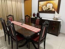 Mesa de jantar e balcão